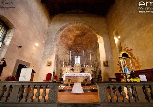 Ślub w Toskanii - kościół 3a